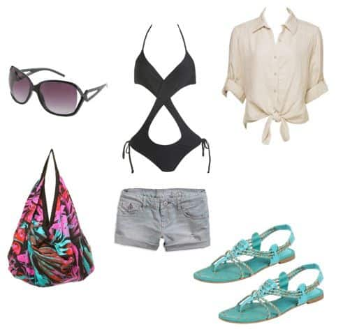 28baffe966 What to Wear to the Beach: 5 Outfit Ideas - College Fashion