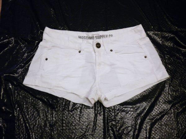 DIY tie dye shorts white shorts on trash bag