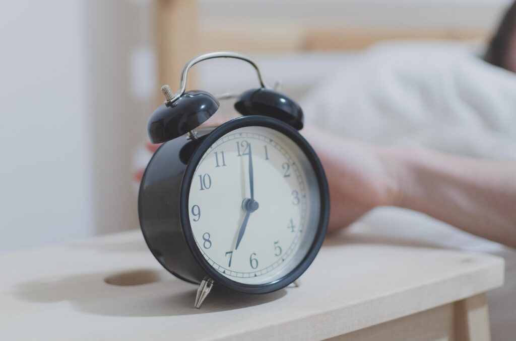 Alarm clock - tips for college commuting success and getting up early