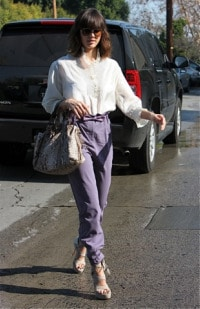 Jessica Alba purple pants