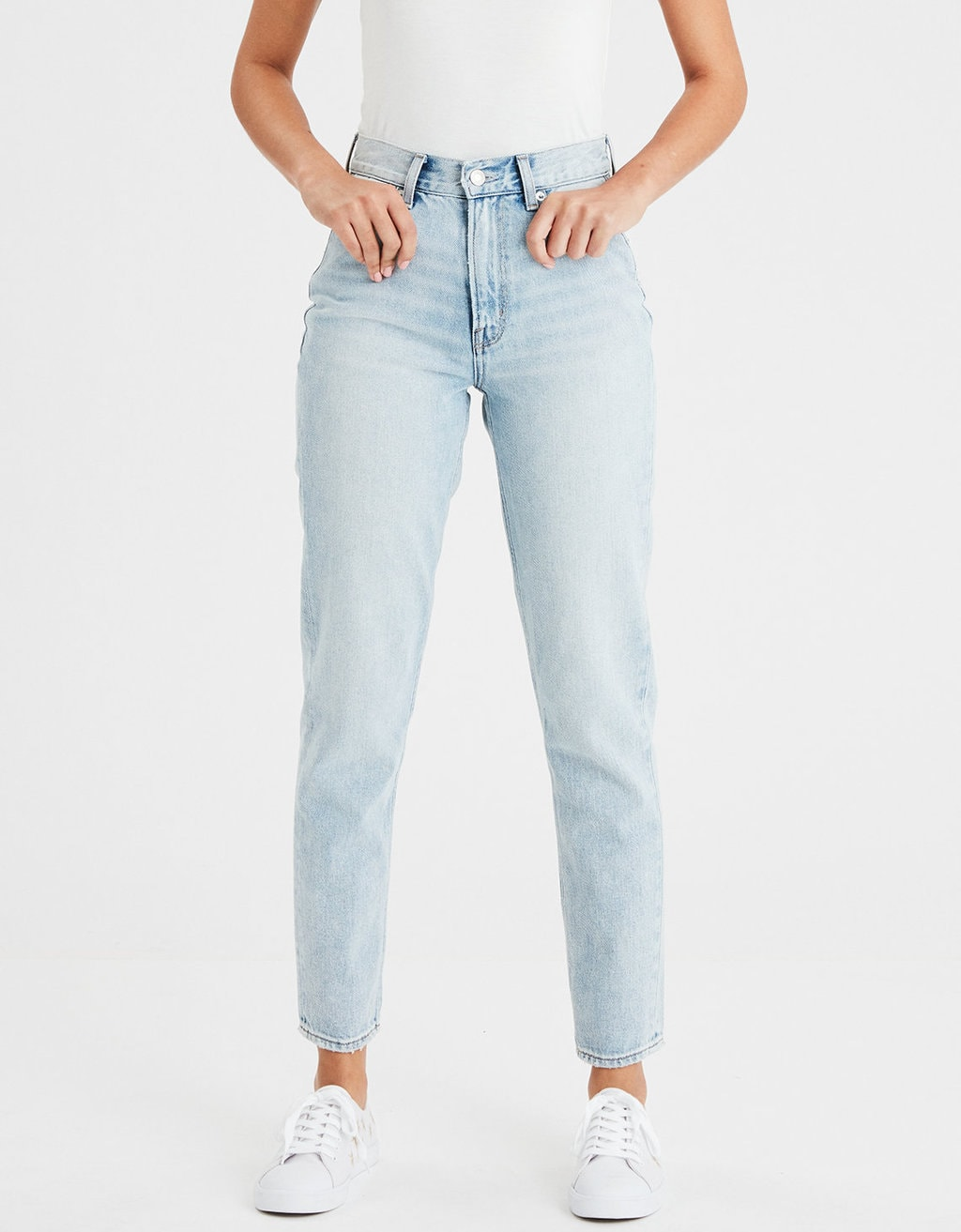 AEO light wash mom jeans