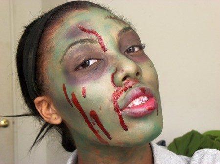 Halloween makeup look: Scary Zombie