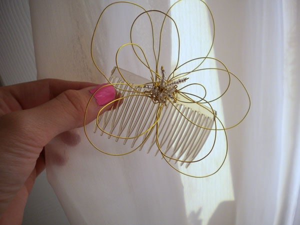 DIY fashion: Wire flower hair piece - finished