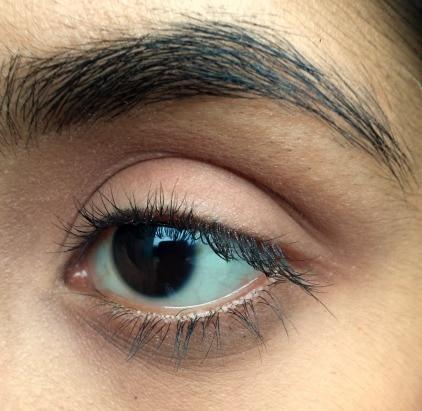 plum eyeshadow step 1