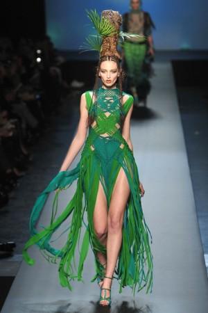 30-2010-Spring-Haute-couture-runway-Gaultier_runway