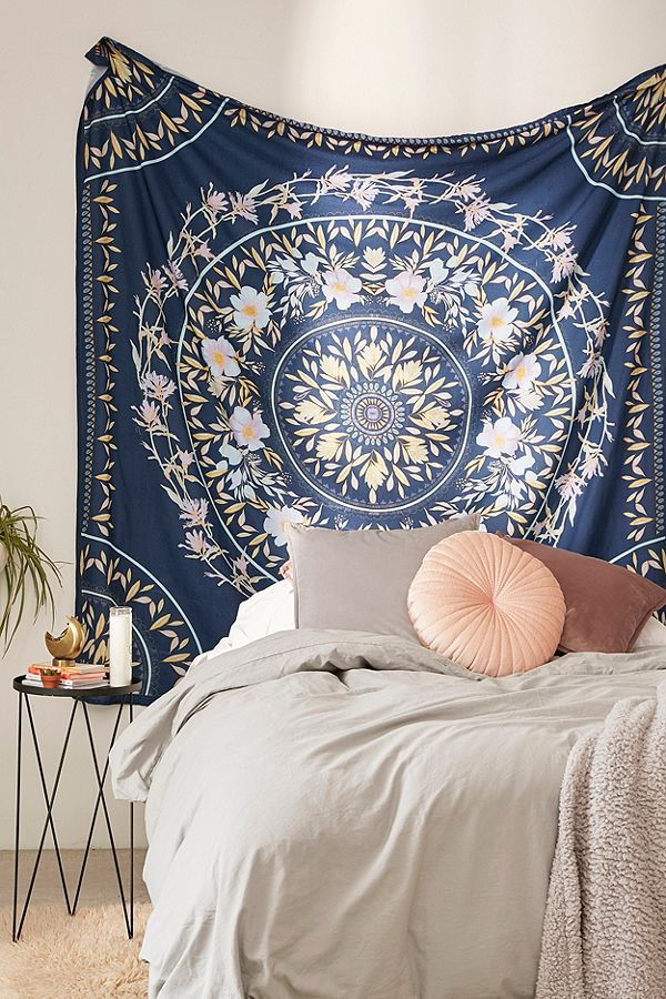 urban outfitters tapestry photo