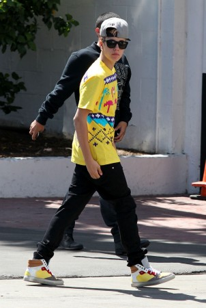 Justin Bieber arrives at the Beverly Hilton hotel in Beverly Hills