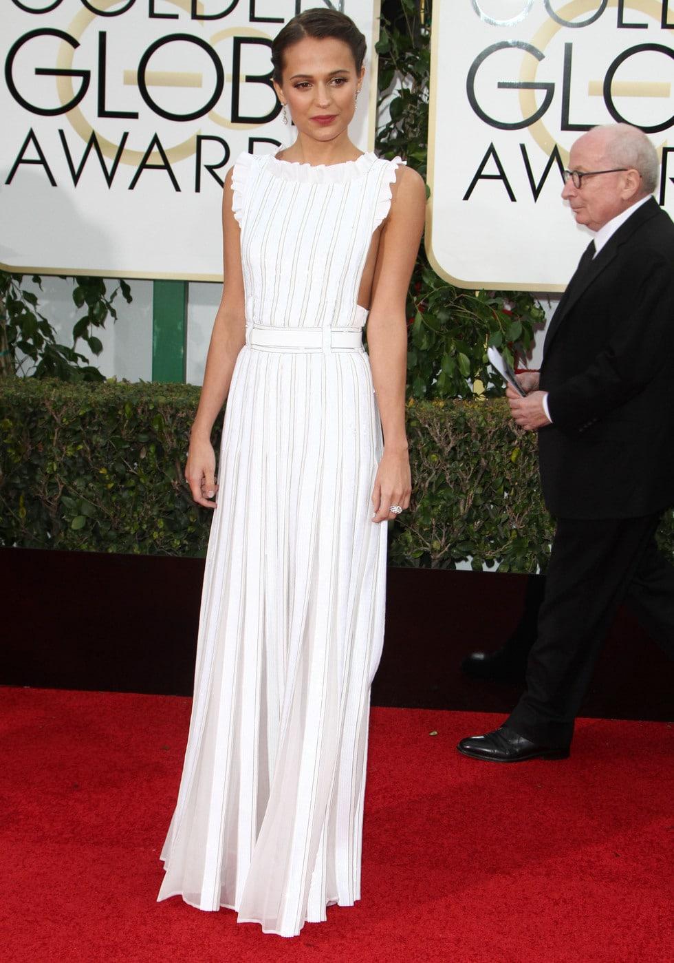 Alicia Vikander at the 2016 Golden Globes