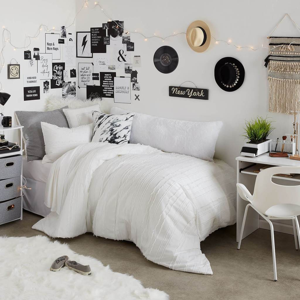 Decorating Ideas Color Inspiration: How To Choose A Dorm Color Scheme (Plus 15+ Examples