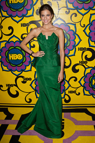 Allison Williams in Oscar de la Renta at the 2012 Emmy Awards