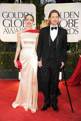 Angelina Jolie in Atelier Versace at the 2012 Golden Globe Awards