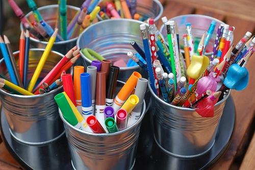 Arts and crafts bin