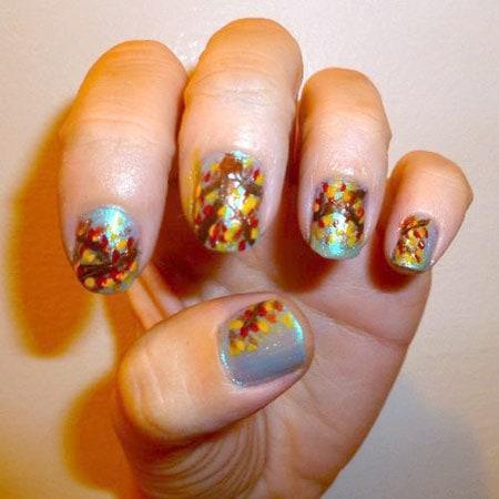 autumn-foliage-nail-art
