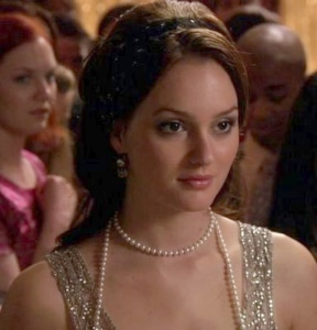 Blair Waldorf, played by Leighton Meester, in dramatic evening eye makeup