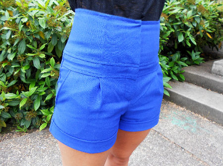 Blue high-waisted shorts on a college fashionista from Oregon State University