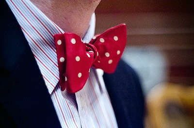 Bow tie college style trend