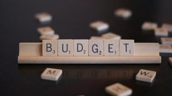 Budget Lettering