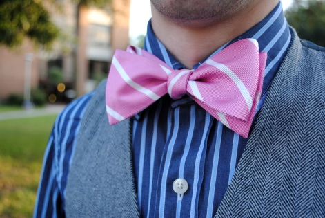Mens college street style at UCF: Pink bow tie