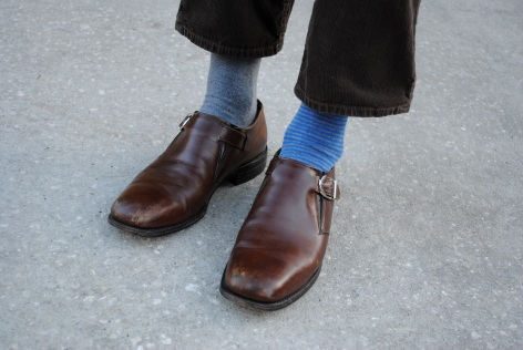 Mens college street style at UCF: Mismatched socks
