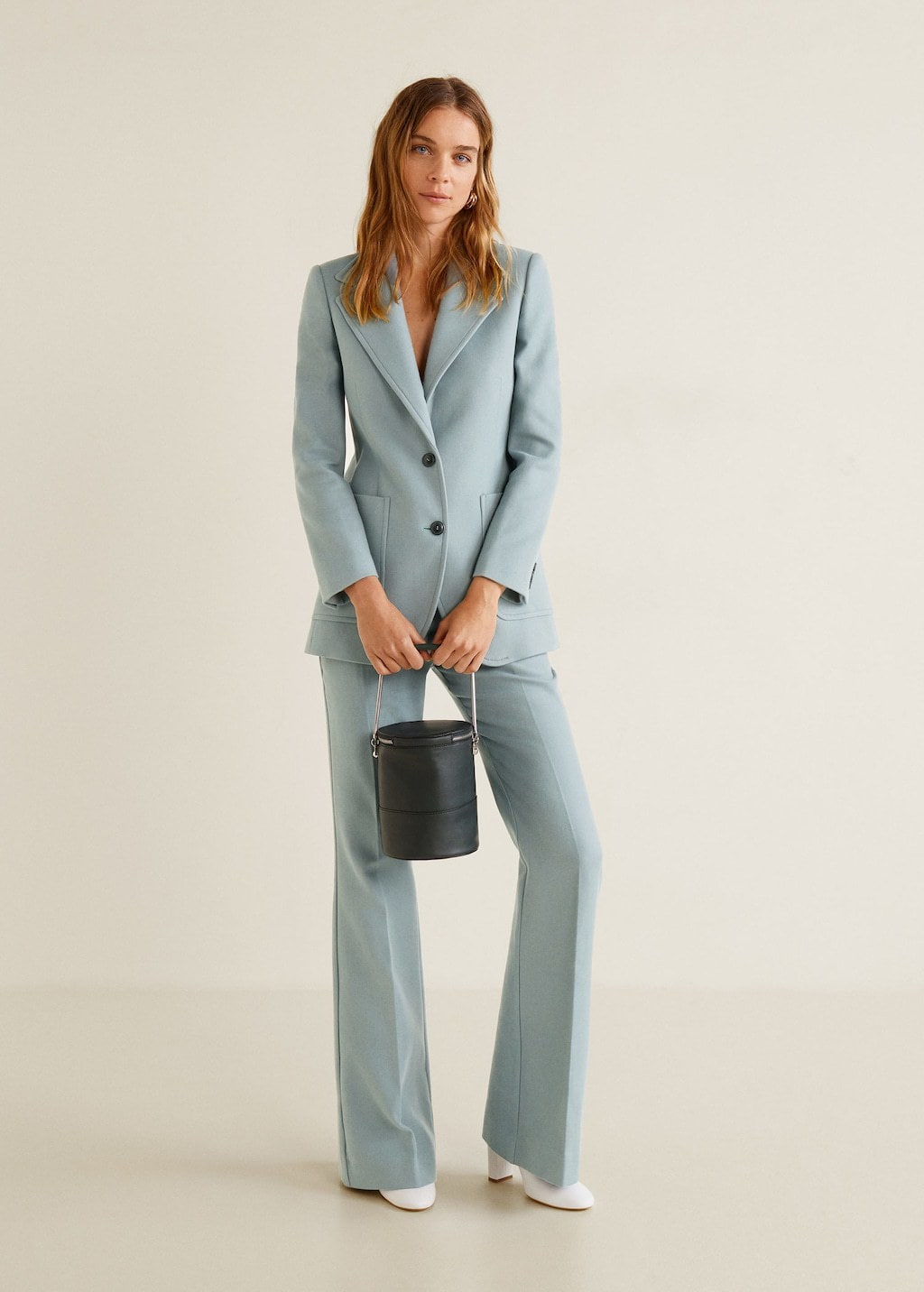 The Fashion Girl S Guide To Wearing Suits Outside Of Work College Fashion