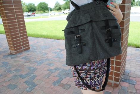 UCF street fashion - Wool satchel
