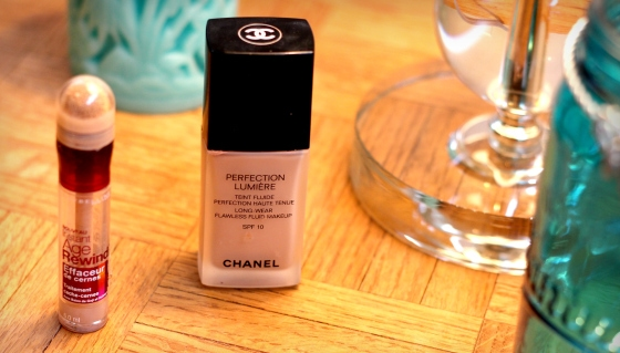 Chanel-Perfection-Lumiere-Foundation-Maybelline-Age-Rewind-Concealer