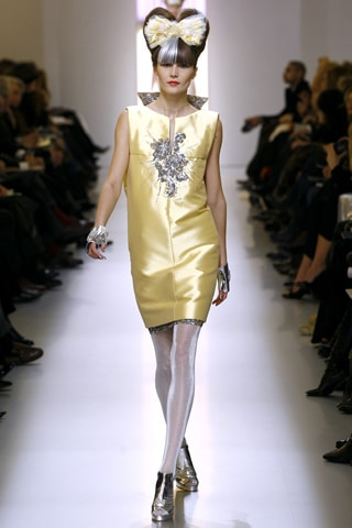Chanel Spring 2010 Couture - Look 7