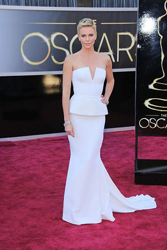 Charlize Theron at the 2013 Oscars