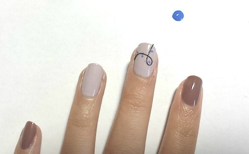 Christmas nail art tutorial step 3 part 1