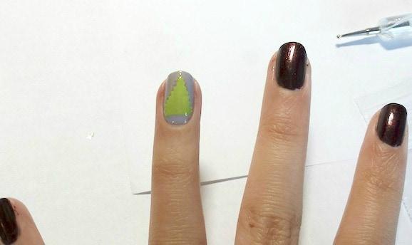 Christmas tree nail art step 3 pt 2