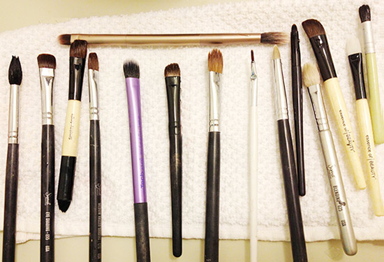 Clean makeup brushes final