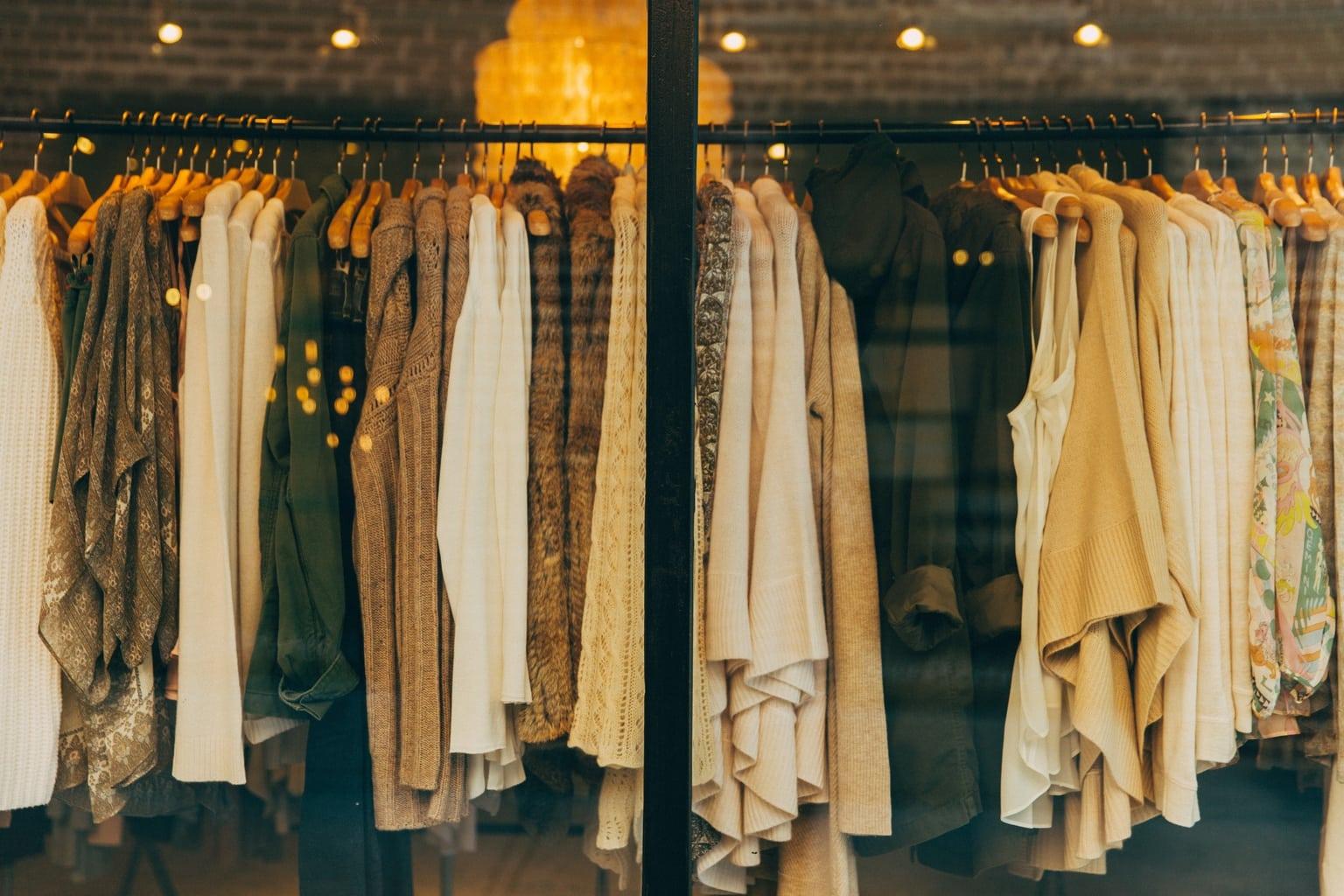 Clothing_Rack_Thrift