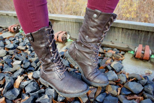 College fashion trend lace up combat boots