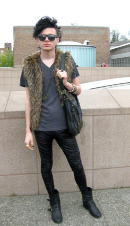 Our college fashionisto, Steven from the University of Washington