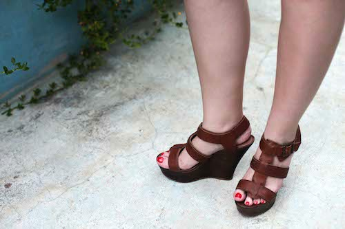College student summer fashion wedges