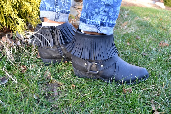 College student wearing fringed ankle boots