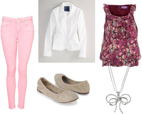 How to wear colored denim - Outfit 4: Pastel pink jeans, white blazer, beige flats, floral blouse
