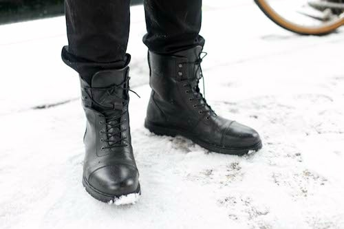 Combat boots male college style trend