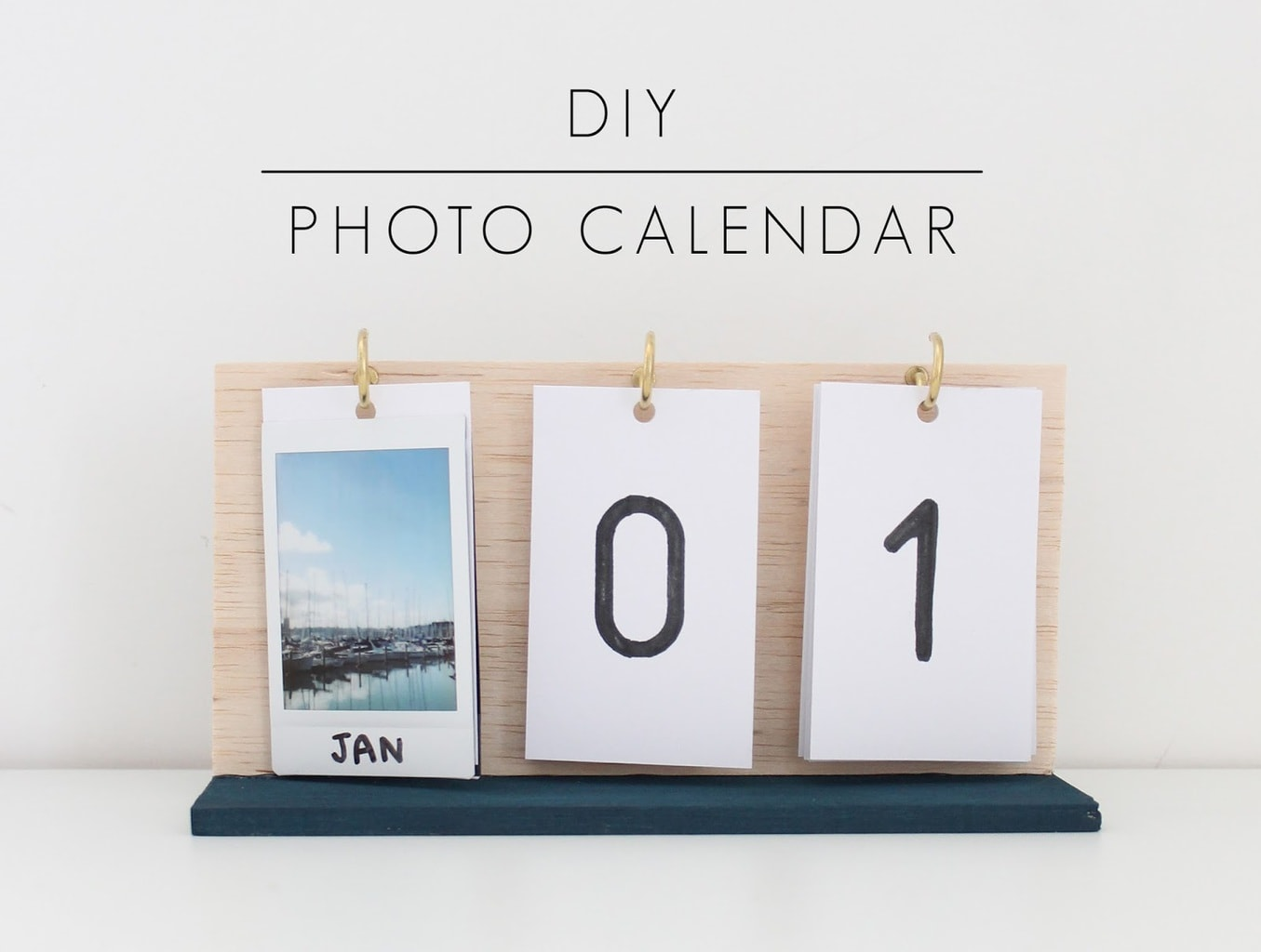 DIY photo calendar from Harri Wren