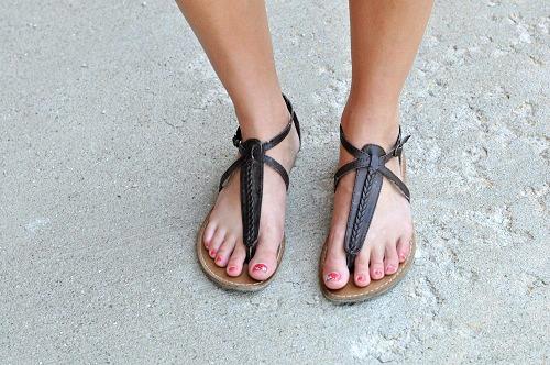 Dark brown strappy sandals college student street style