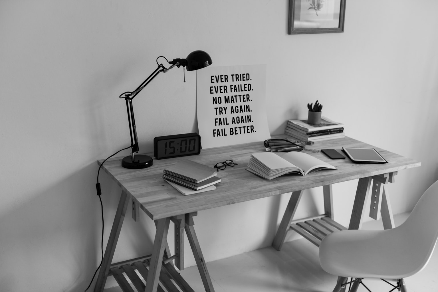 inspirational-quote-on-to-a-desk