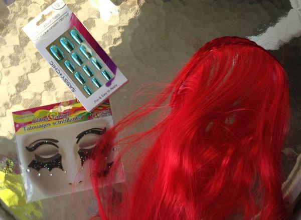 Diy costume poison ivy accessories