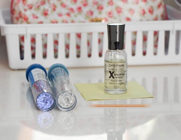 Diy glitter nail polish materials