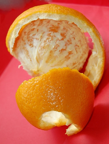 Diy white teeth orange peel