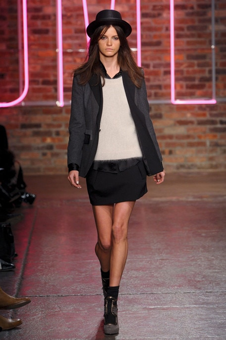 DKNY Fall White and Black Look
