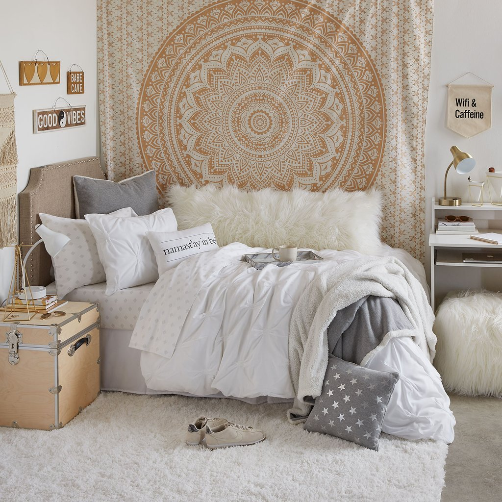 College Dorm Room Decorations Guide For 2020 College Fashion