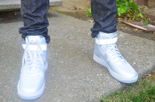 Guys fashion - White and silver Nike high-tops