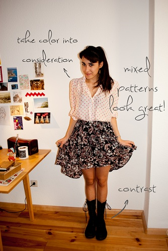How to wear a high-low skirt: Mixed prints