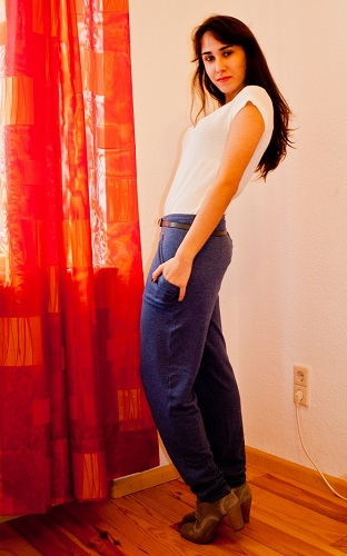 How to wear sweatpants without looking lazy