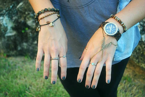 Earthy jewelry college street style trend